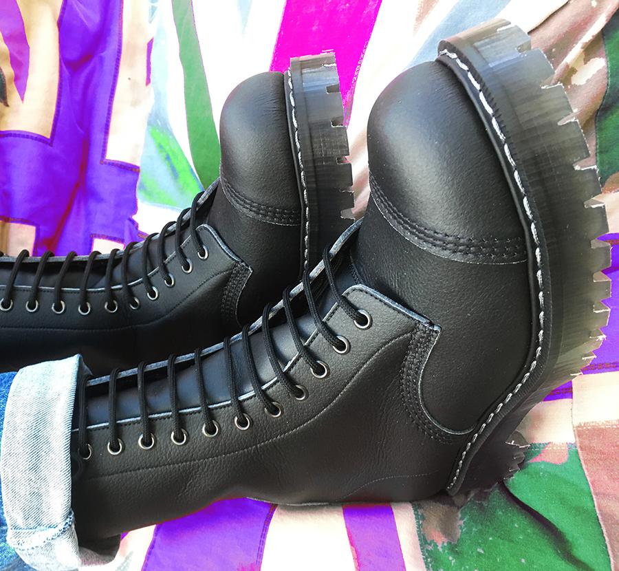 Airseal 14 Eye Boot Steel Toe Black Unisex