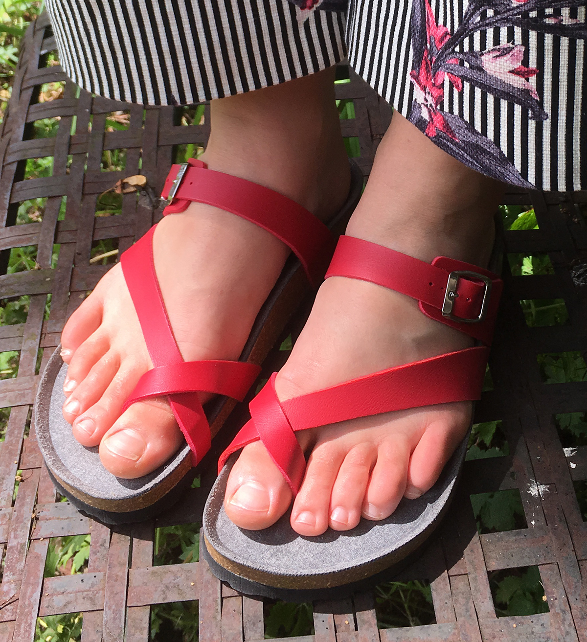 Toe Strap Sandal Red Sandals
